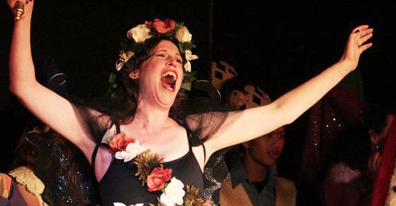 sing-flowers-in-hair